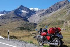 Reisen und Touren: Alpentour auf Motorrädern der 70-er Jahre