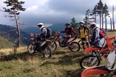 Reisen und Touren: 8 Tage Enduro in Bosnien für Anfänger